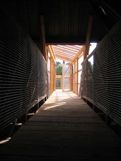 Mémoire en mémoire Saint Thélo projet collaboratif projet artiste Tadashi Kawamata Détissages